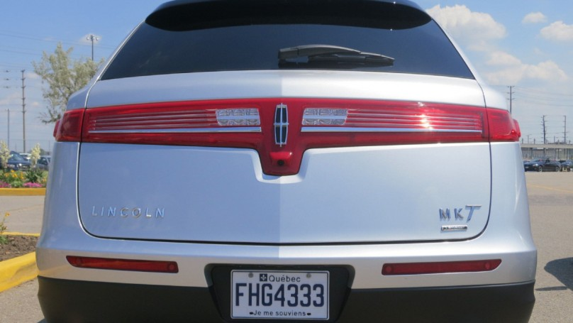 Lincoln fights to regain its mojo with MKS, MKT
