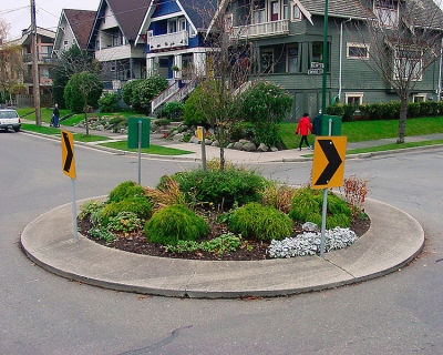 Smackdown: Should there be more roundabouts in the city?