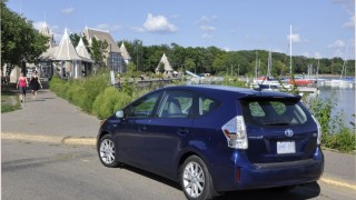 Prius a pleasure under Prairie sun