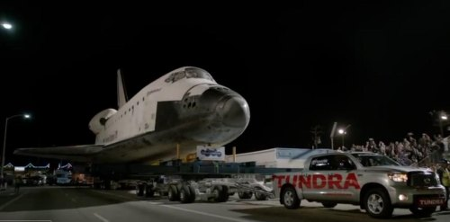 Insider Report: Pickup truck pulls a space shuttle