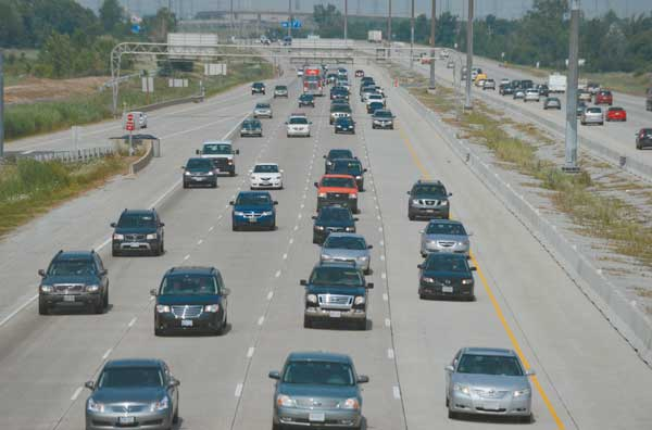 Why drivers still refuse to budge from the left lane