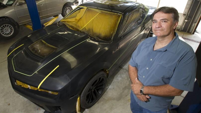 Custom Camaro celebrates motorsport legends