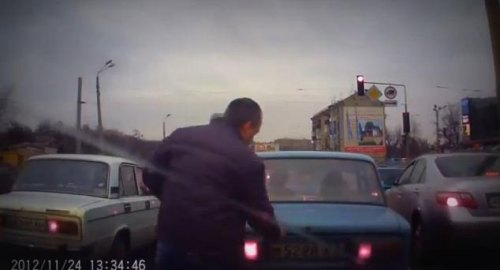 Insider Report: Why Russian drivers have dash cameras