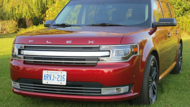 Review: 2013 Ford Flex gets a little bit more push