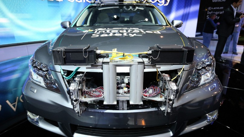 Autos, technology show go hand in hand