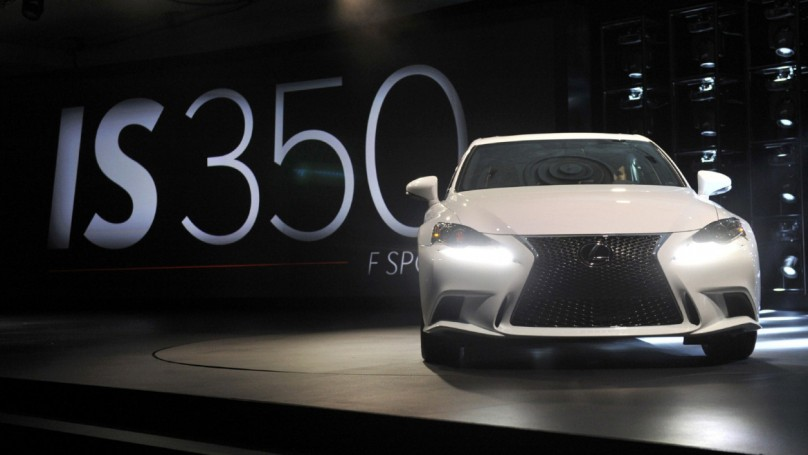 Detroit auto show: Lexus upgrades entry-level luxury with 2014 IS