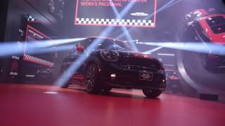 Detroit auto show: 2014 Corvette Stingray leads performance parade