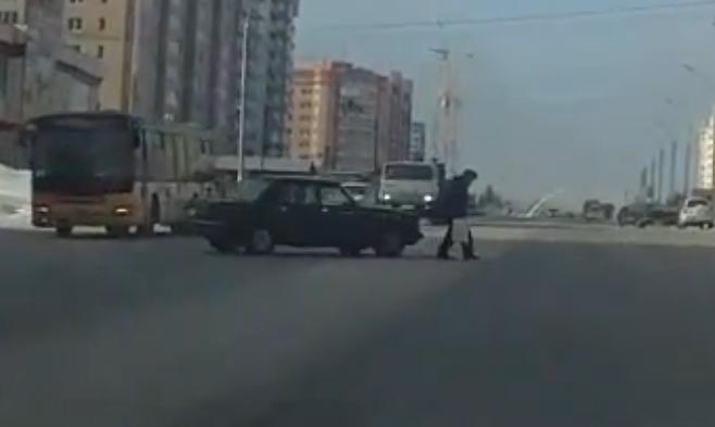 Insider Report: The luckiest pedestrian ever?