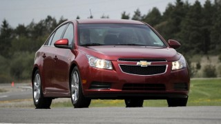 Chrysler reports $1.7 B profit, announces new plans