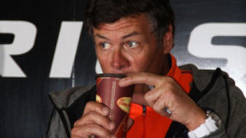 NASCAR: Michael Waltrip keeps competitive streak alive