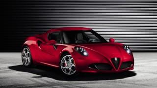 Sexy new Alfa Romeo 4C revealed
