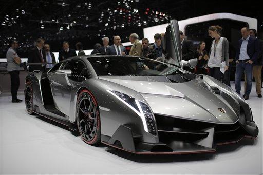 Lamborghini unveils $3.9-million Veneno supercar - all three already sold