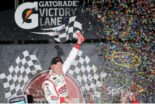 Weekend rdp: Piquet crotch kick overshadows Harvick win