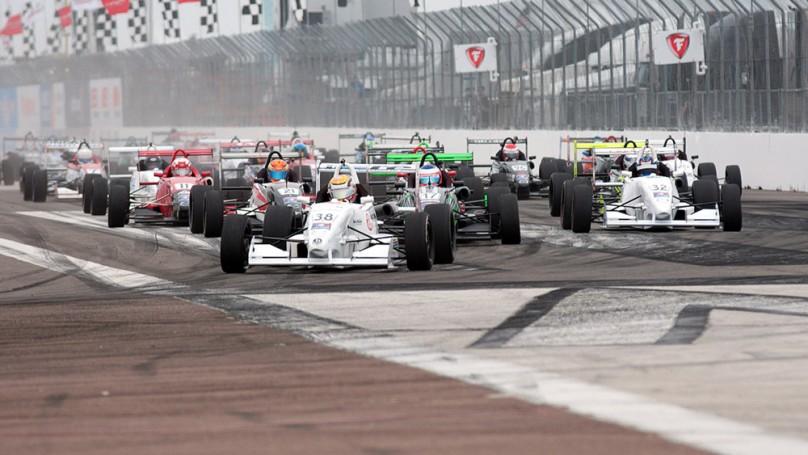 Canada's young driving talent <br>seeks greener racetracks