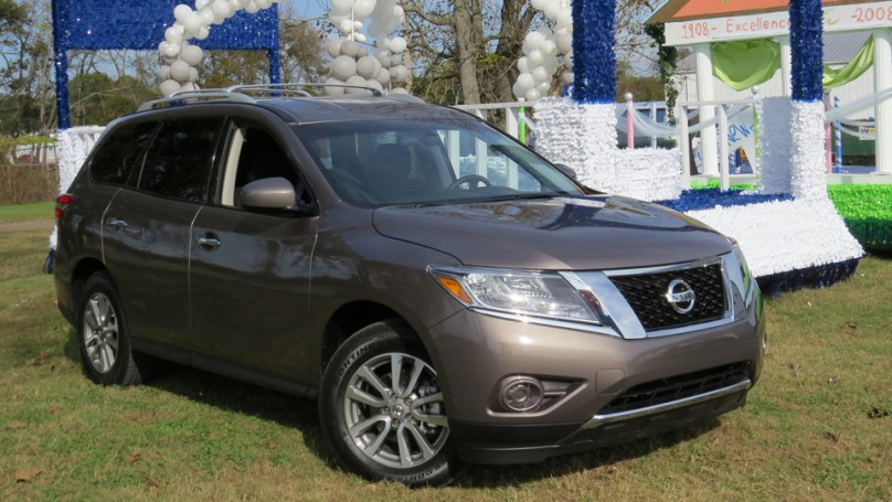 Preview: Nissan Pathfinder Hybrid