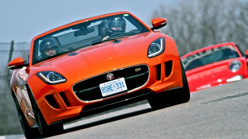 Canadian auto dealers confirm sales record for 2013