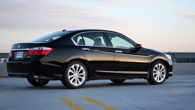 2014 Honda Accord Sedan - Touring Fresh and frugal sedan is surprisingly engaging