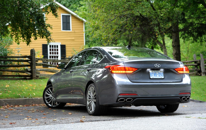 2015 Hyundai Genesis 5 0 Ultimate Review Wheels Ca