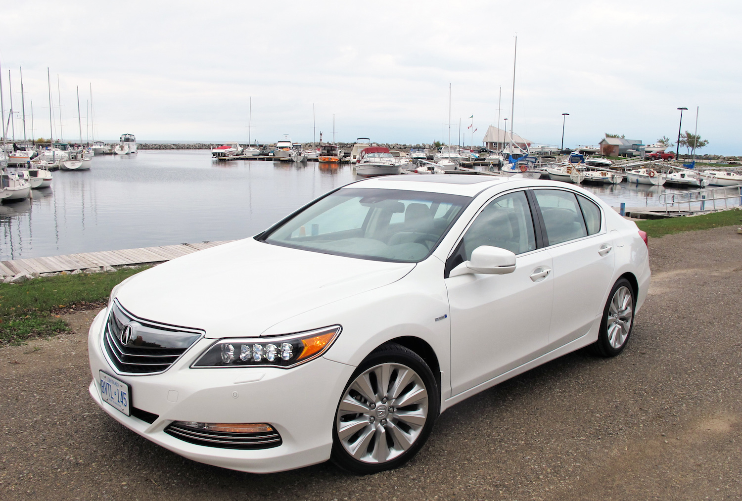 2015 acura rlx sport hybrid review. Black Bedroom Furniture Sets. Home Design Ideas