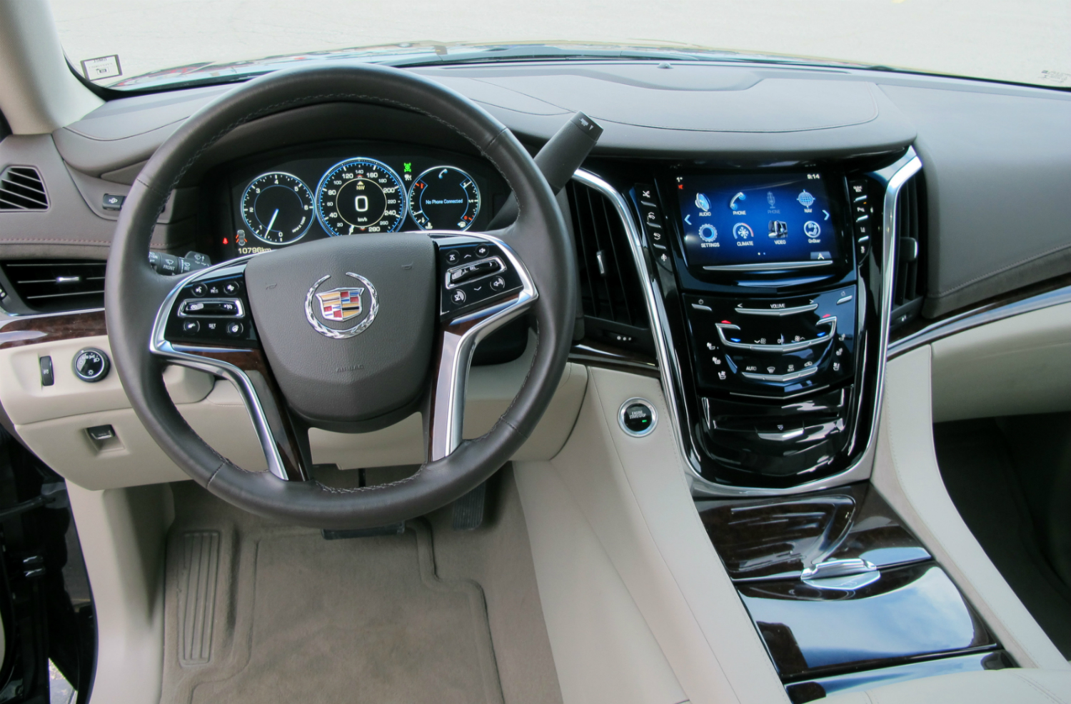 2015 cadillac escalade more power luxury efficiency html. Black Bedroom Furniture Sets. Home Design Ideas