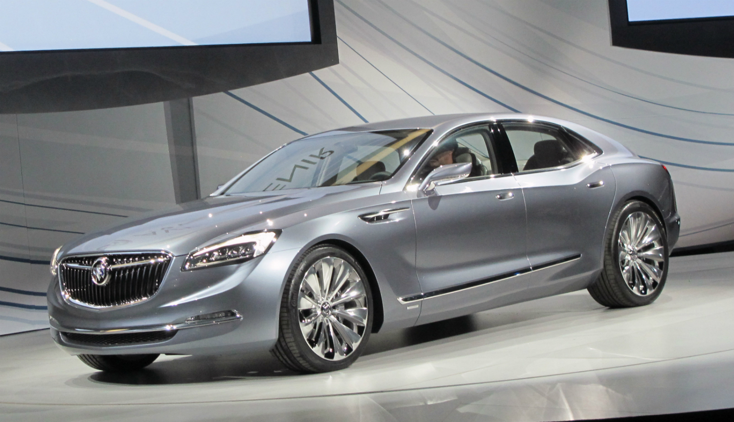 buick avenir concept at naias. Black Bedroom Furniture Sets. Home Design Ideas