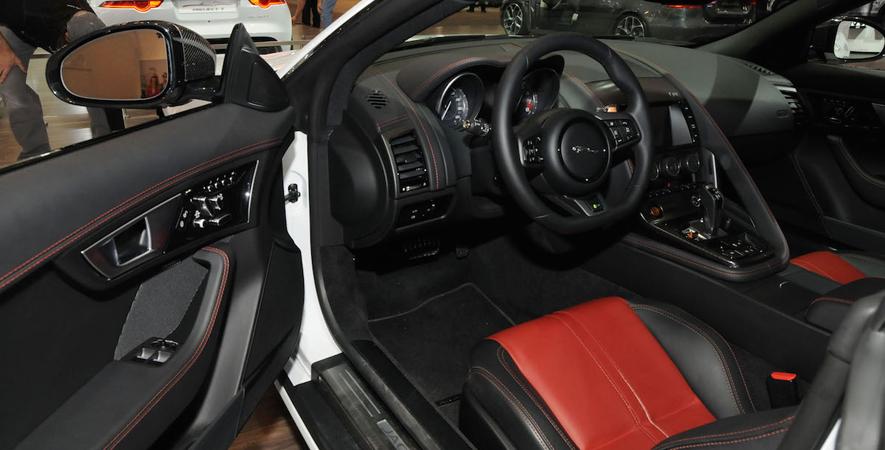 2015 Canadian International Auto Show: Jaguar F-Type R Coupe