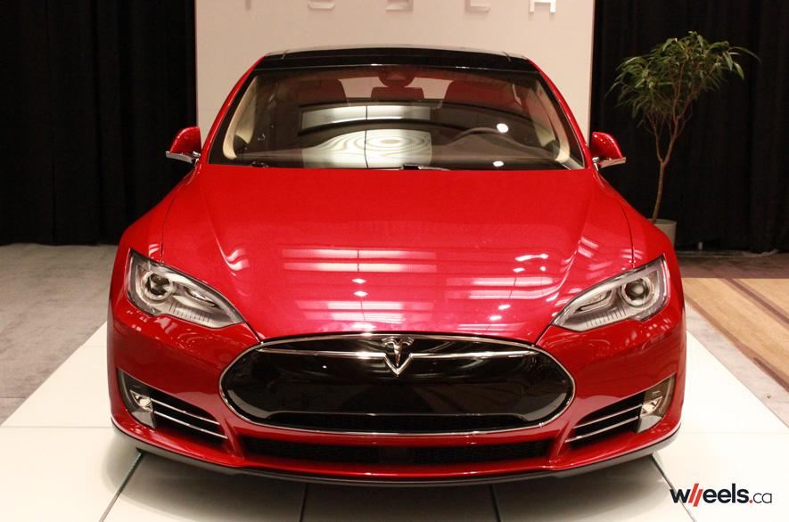 Tesla model s prix canada