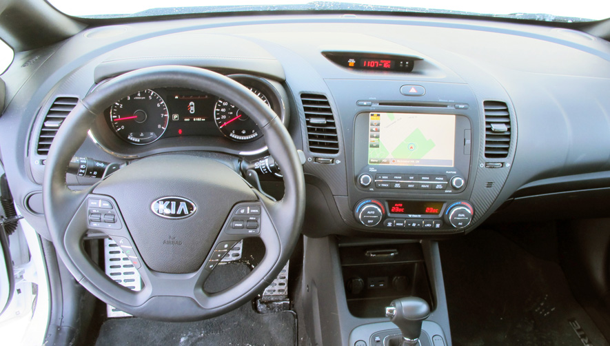 2015 Kia Forte 5 SX Interior