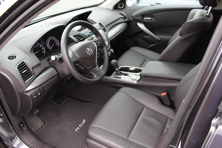 2015 Acura RDX Tech interior
