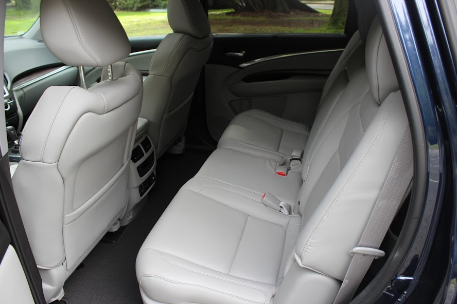 2015 Acura MDX Elite 2nd seat