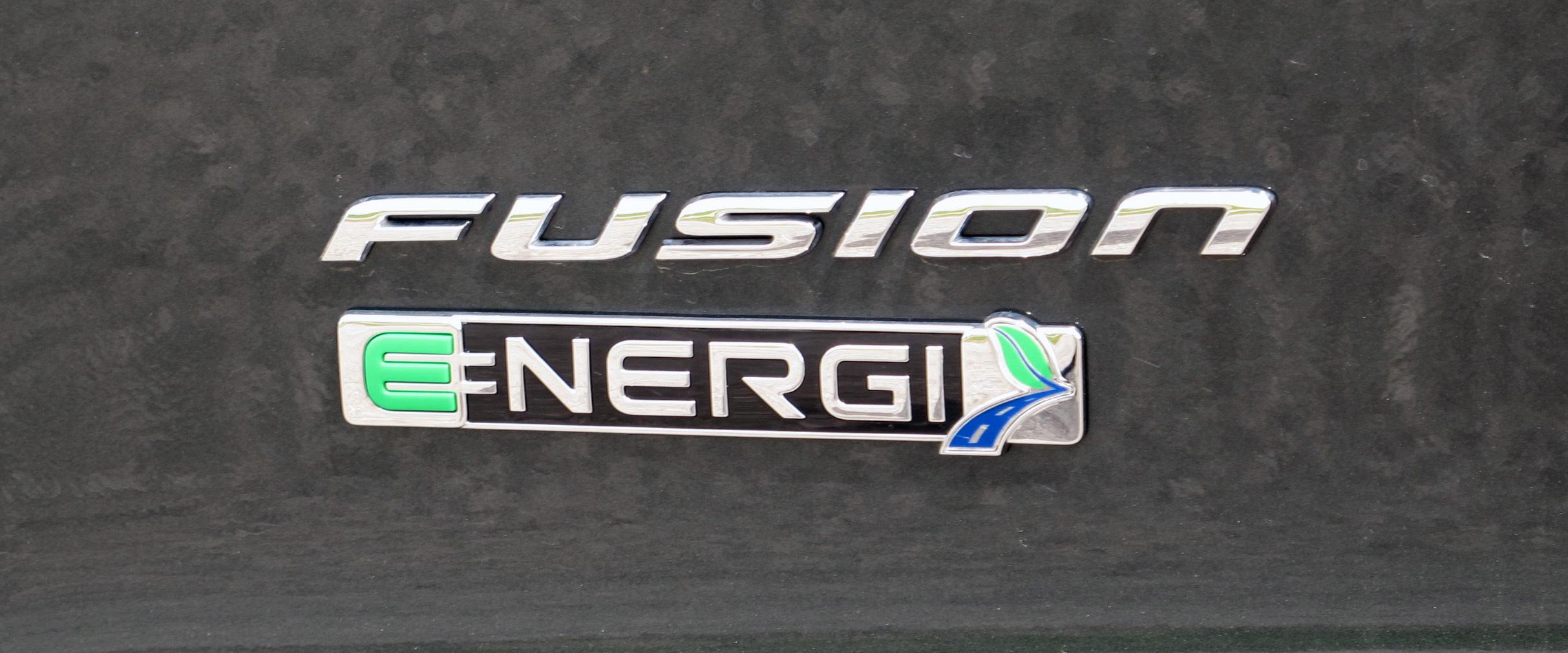 2015 Ford Fusion Energi logo