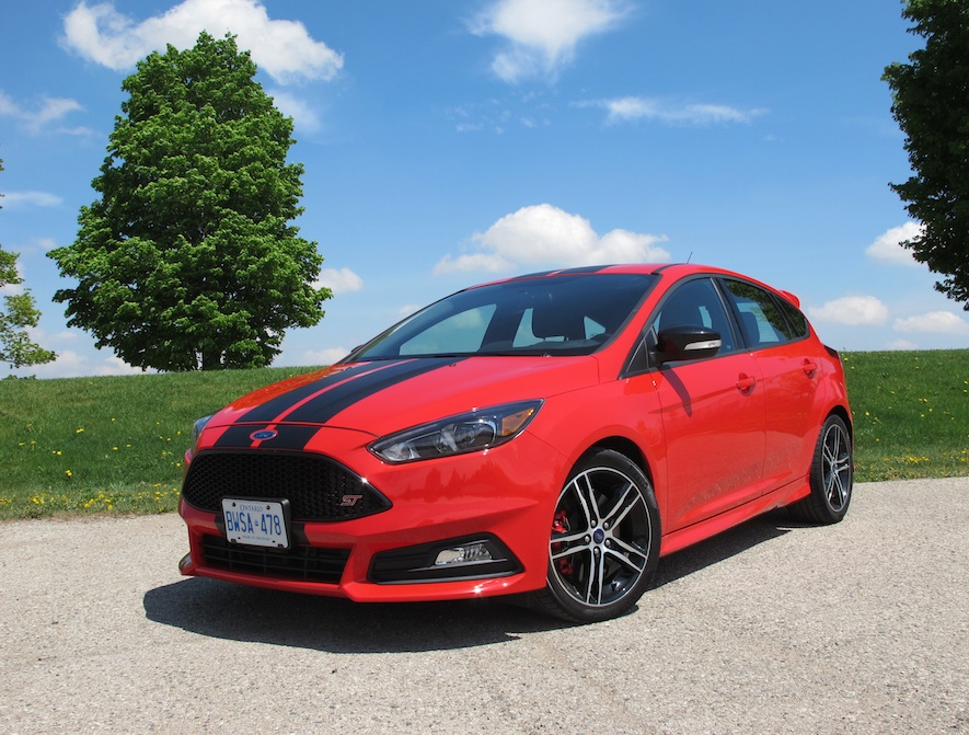 2015 ford focus st review. Black Bedroom Furniture Sets. Home Design Ideas