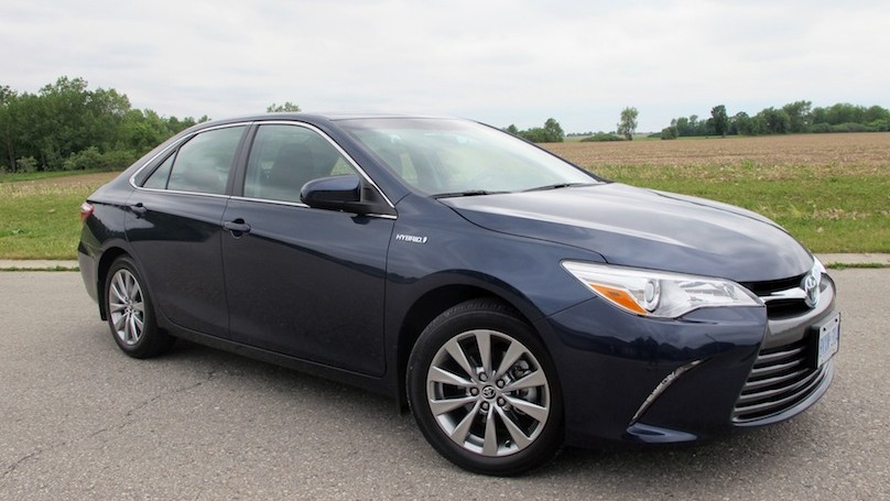 2015 toyota camry hybrid review. Black Bedroom Furniture Sets. Home Design Ideas