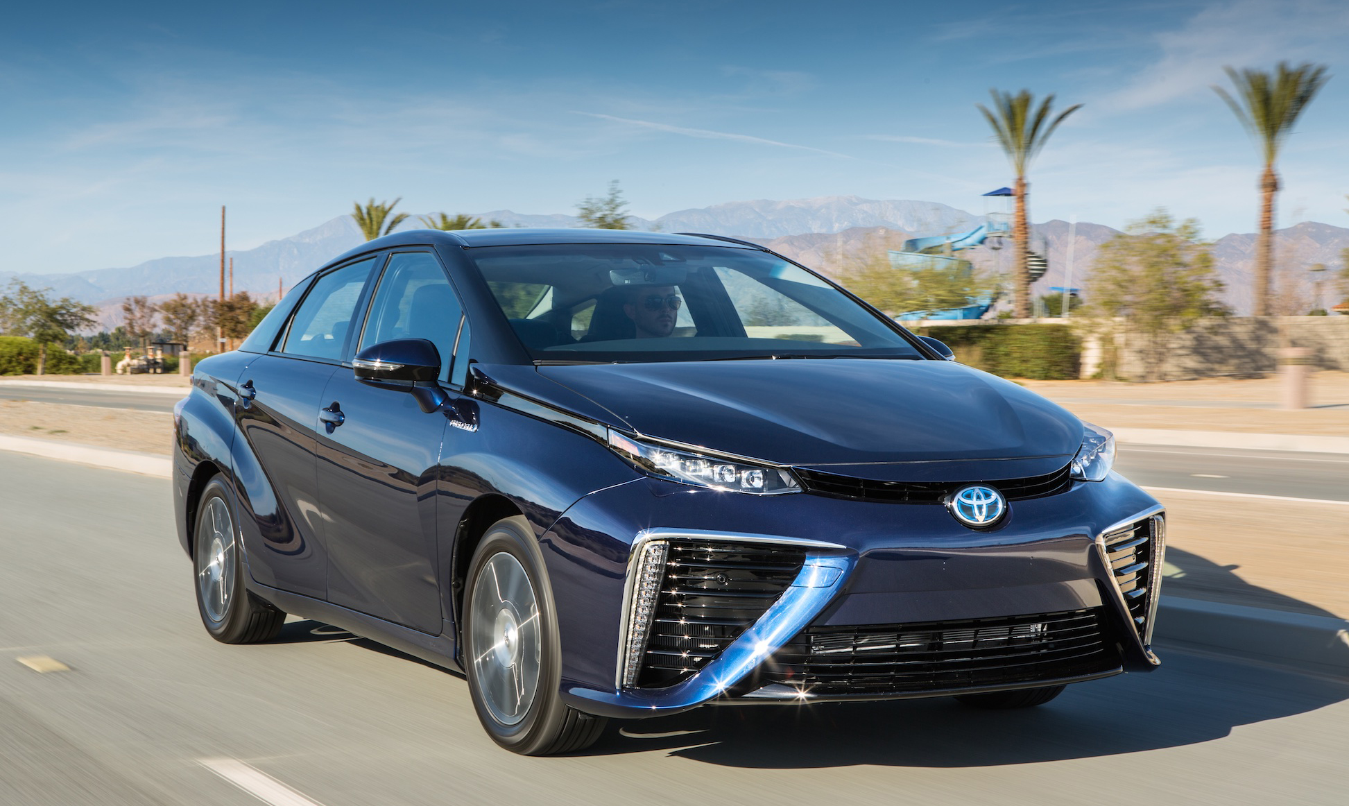 Toyota Mirai Front