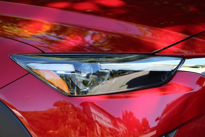 2016 Mazda CX-3 headlights