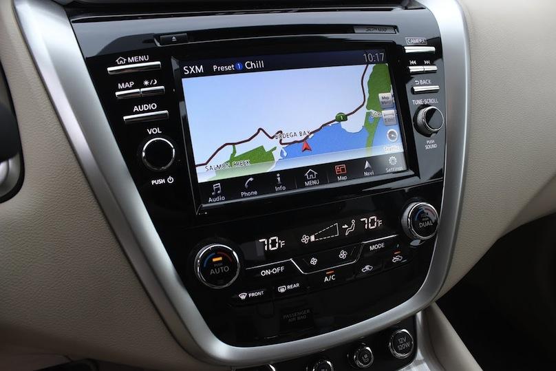 2016 Nissan Murano screen