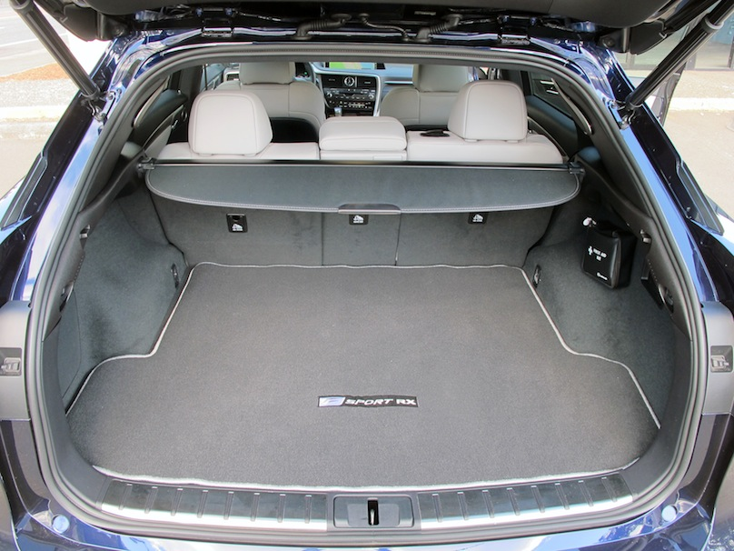 Lexus RX 350 cargo