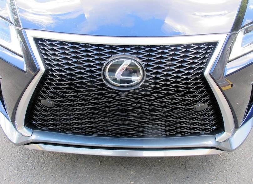 Lexus RX 350 grille