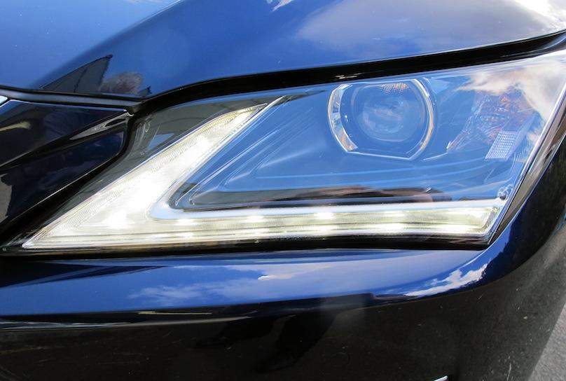 Lexus RX 350 lighting