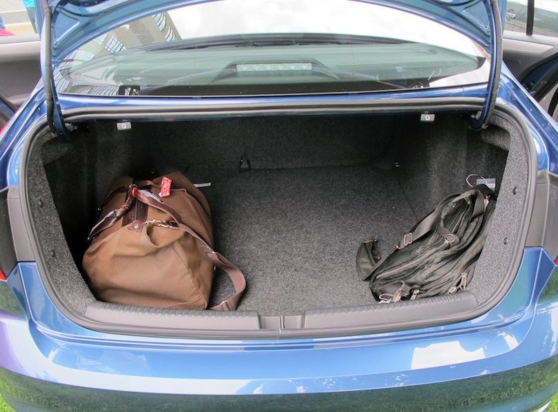 2016 Volkswagen Jetta trunk space