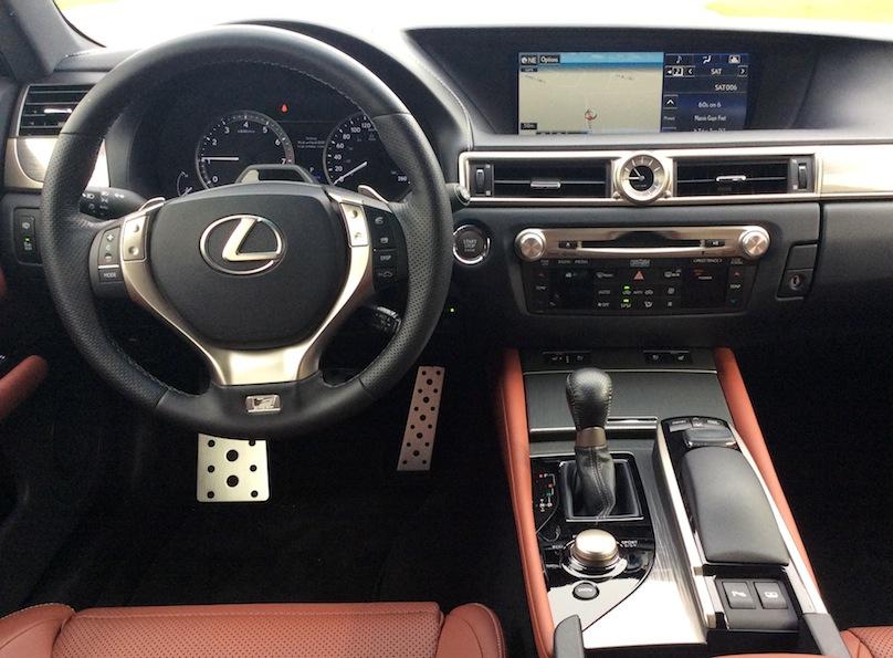 2015 Lexus GS intertior2