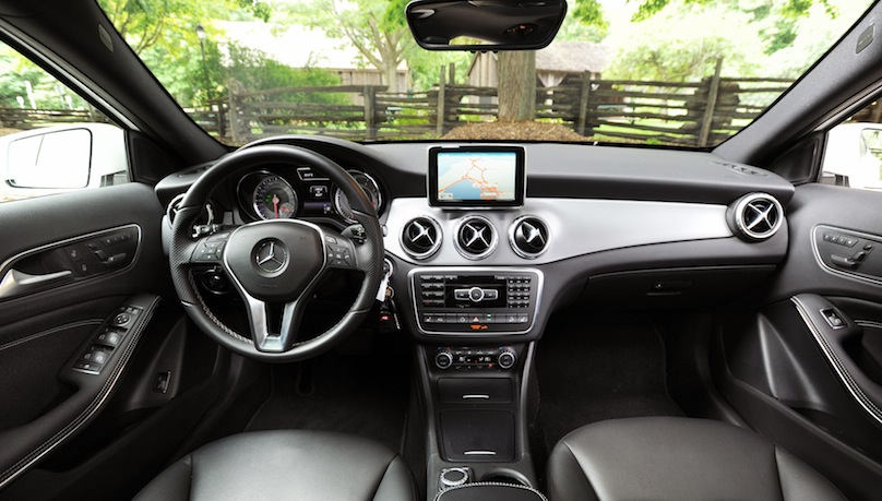 2015 Mercedes-Benz GLA 250 interior