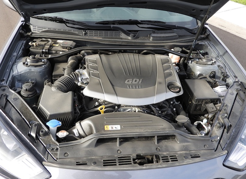 2015 Hyundai Genesis Coupe R-Spec engine