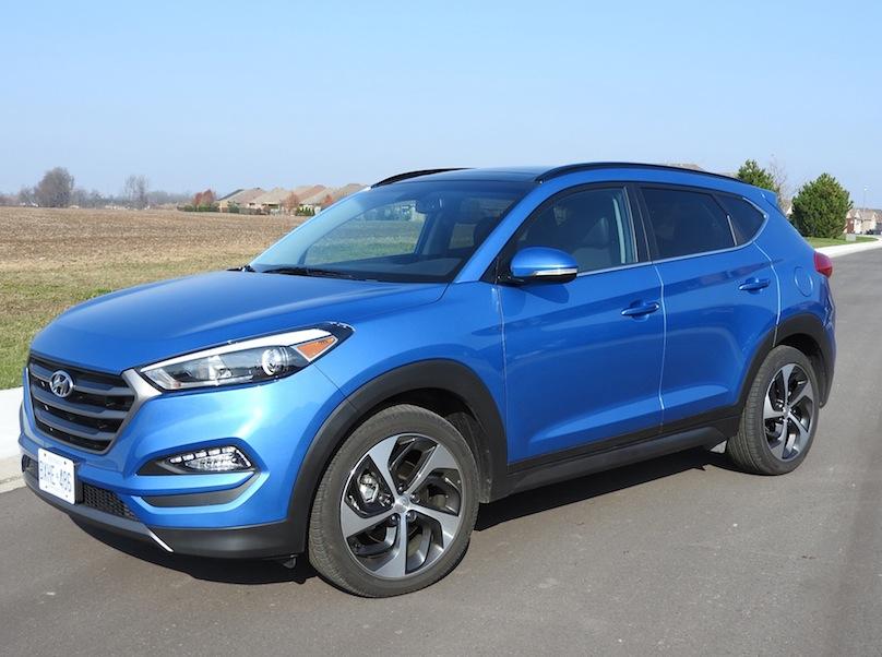 2016 Hyundai Tucson side