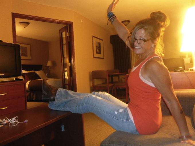 Laurie Izzy Selfie