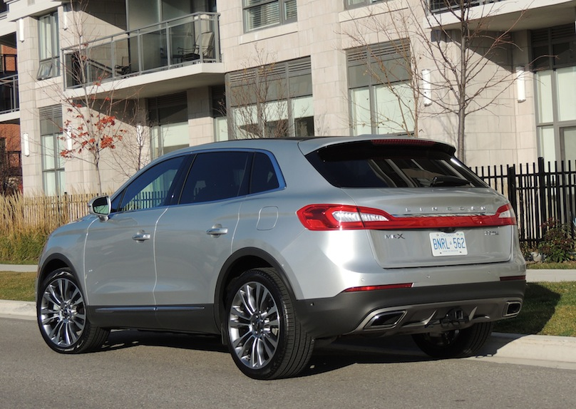 2016 Lincoln MKX rear