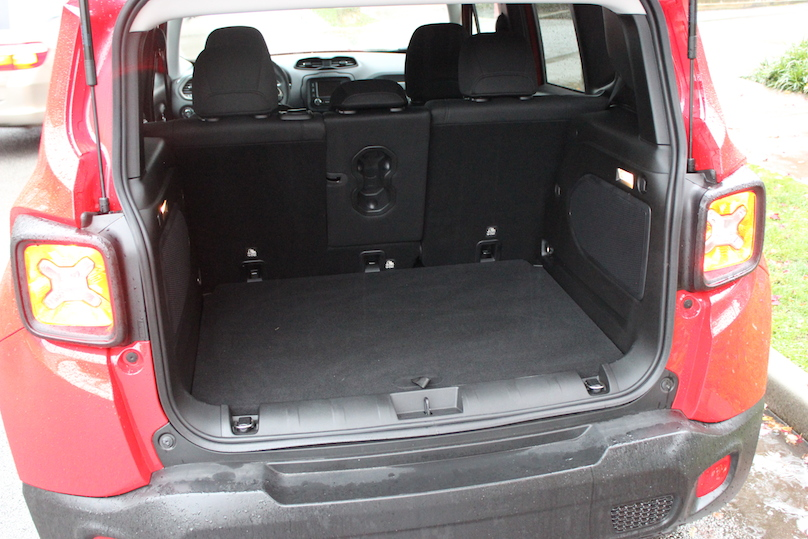 2016 Jeep Renegade rear hatch