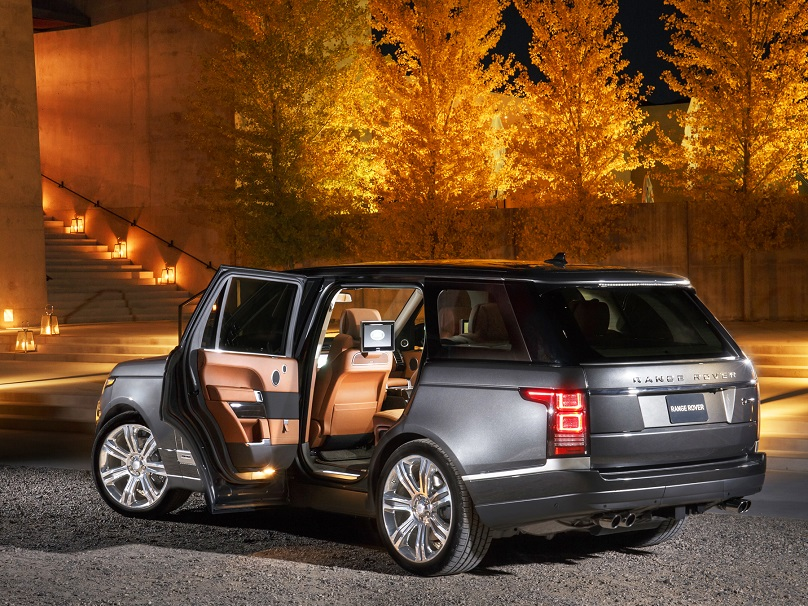 Range Rover lux road trip
