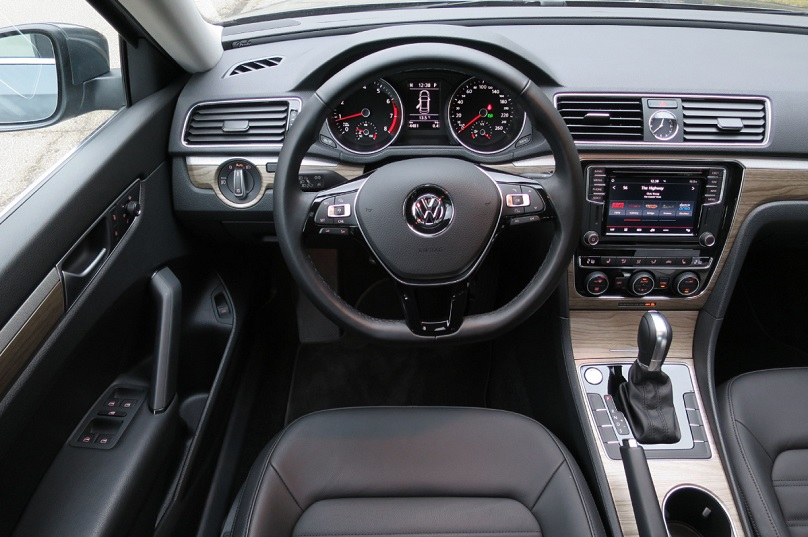 review cabin much improved inside 2016 vw passat. Black Bedroom Furniture Sets. Home Design Ideas