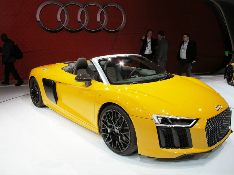 the normally aspirated 5 0 litre v10 pushes the spyder from 0 100 km h. Black Bedroom Furniture Sets. Home Design Ideas